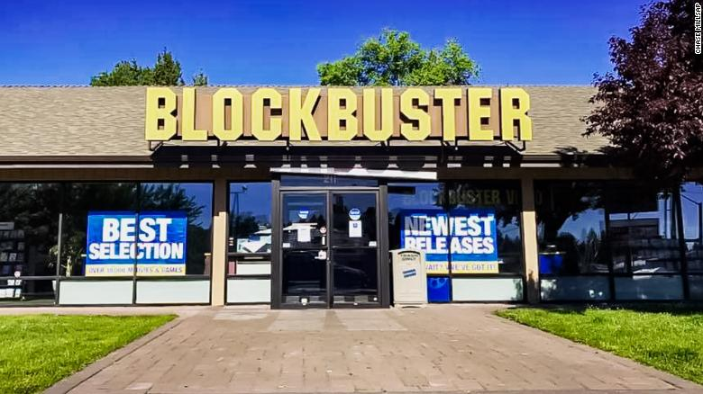 Keep going Blockbuster store on Earth situated in US, as Australian area closes