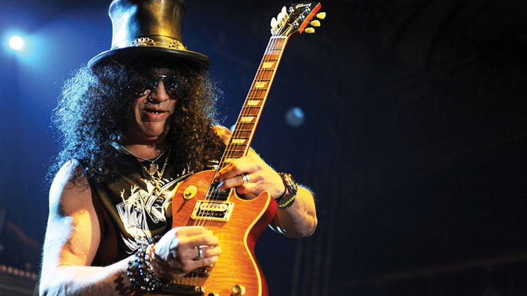 SLASH always desires to be a piece of a band: 'I Didn't Wanna Be A Solo Guitar Player'