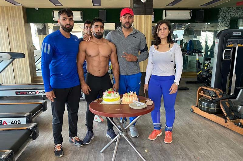Online Fitness expert in Haryana Virender Pahal and Mohan Pahal