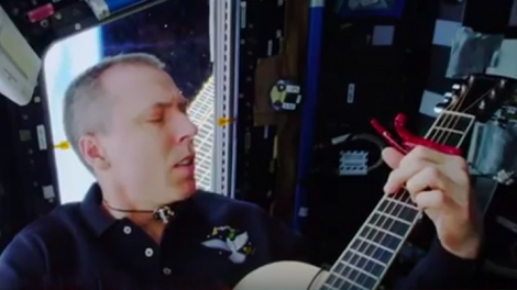 """NASA astronauts """"This is an extraordinary day to be in space …"""" shoot music videos in the orbit"""