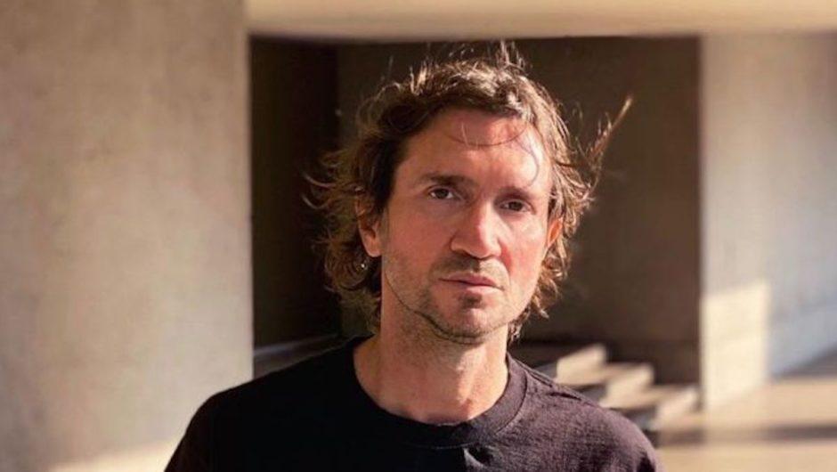 """John Frusciante: shares the """"Brand E"""" music video"""