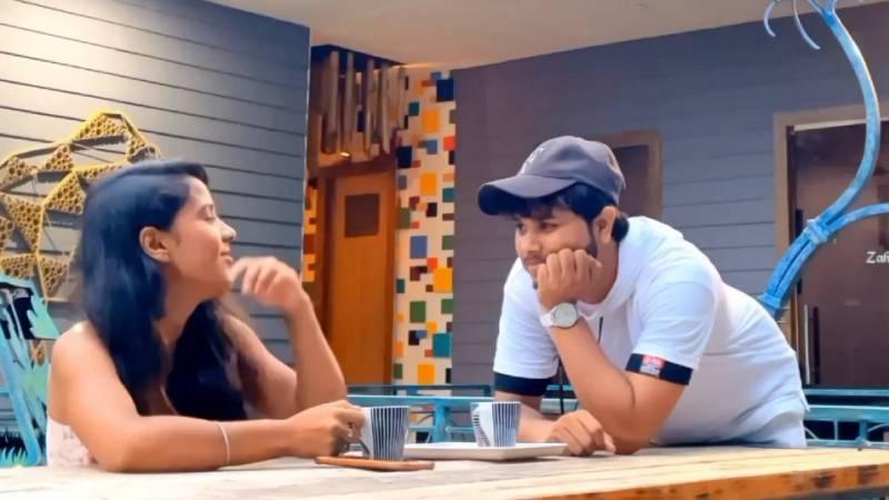 Singer Gulfateh Khan released a new Punjabi romantic Song Khyaal Ve