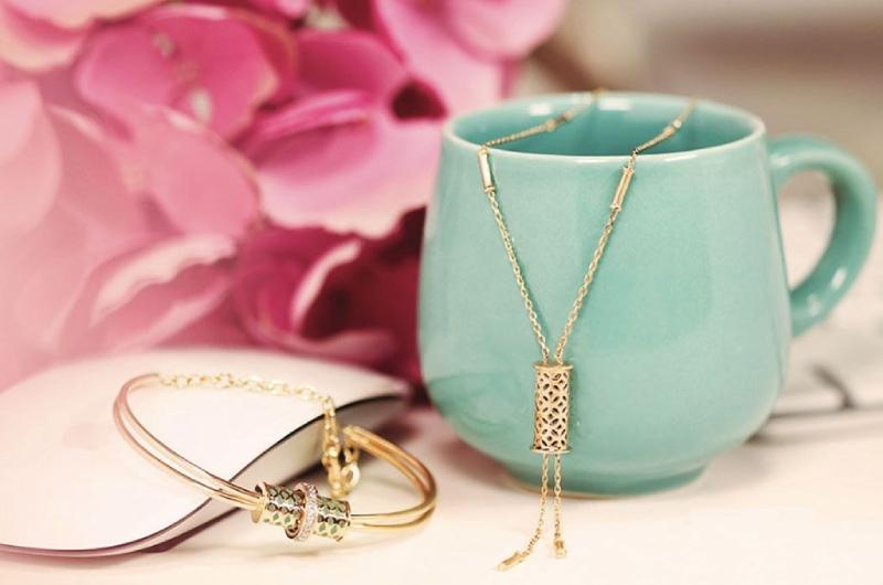 Stylish office wear jewellery