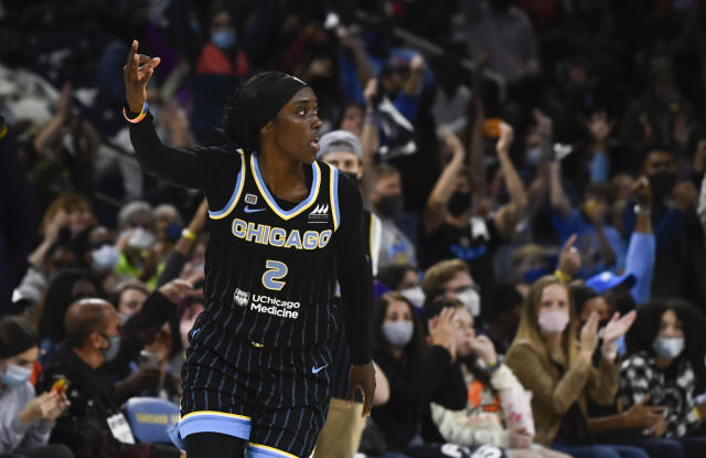 Kahleah Copper wrecks Mercury, drives Sky to one win from first WNBA championship